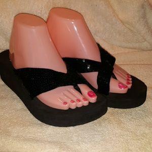 Yellow Box heels sandles 8.5